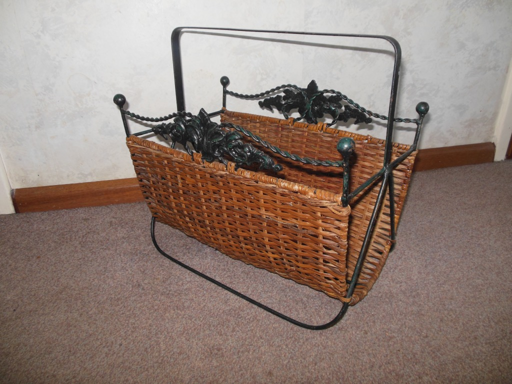 Very nice basket for newspapers and magazines with metal and wicker